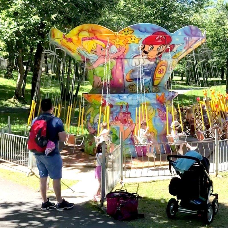 Attraction chaises volantes enfants